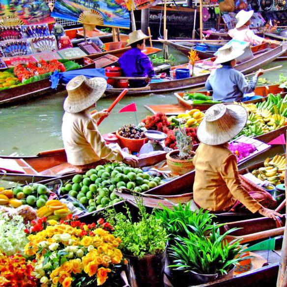 Mercati galleggianti in Thailandia