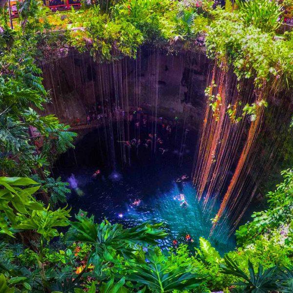 Cenote Ik Kil, Yucatan, Messico