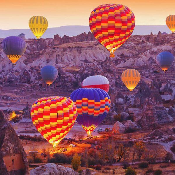 Giro in mongolfiera in Cappadocia, Turchia.